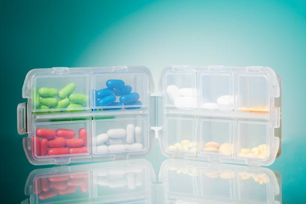 la aemps suspende la comercializacion de 18 medicamentos en espana