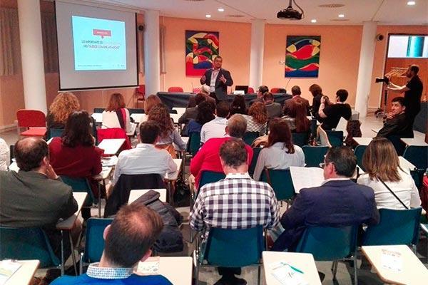 asefarma ensena en el xiv congreso fefe como comunicar y optimizar la gestion de la oficina de farmacia