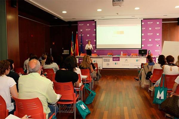 los farmaceuticos valencianos conocen las ultimas novedades y avances en dermofarmacia