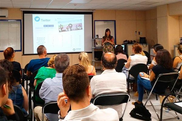 alphega farmacia forma a sus miembros para mejorar su activacin digital en las redes sociales