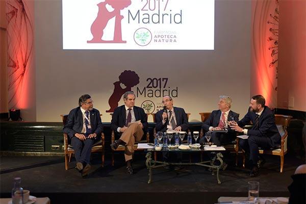 el curso de evolucion 2017 de las farmacias apoteca natura pone el foco en la innovacion