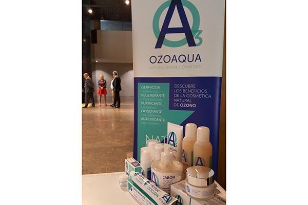 ozoaqua lanza su gama de cosmetica natural de ozono en las jornadas de bidafarma galicia