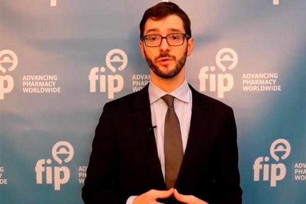 luc besanon dimite como director general de la federacin internacional farmacutica