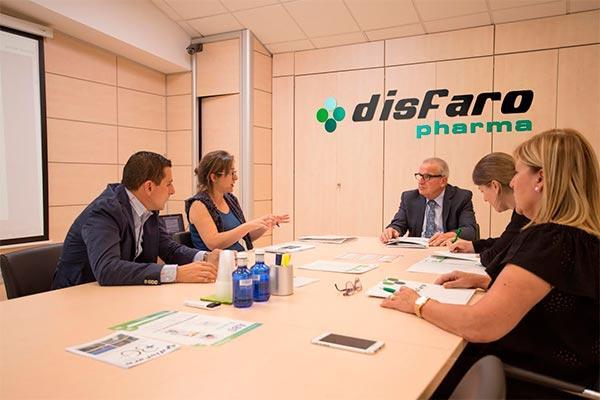 el distribuidor farmacutico disfaro celebra su 30 aniversario con una imagen renovada