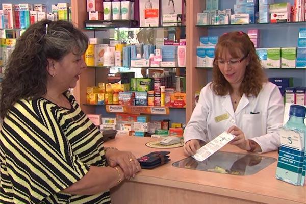 la farmacia comunitaria realizara una encuesta para conocer los habitos de hidratacion de sus usuarios