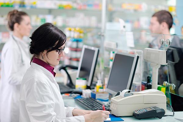 hay inters por lo que sucede alrededor de los grupos de farmacias