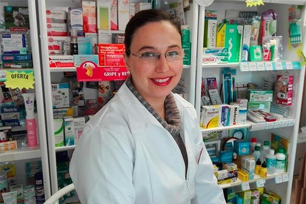 es necesario que los polticos tomen conciencia de la gran aportacin social que realizamos los farmacuticos