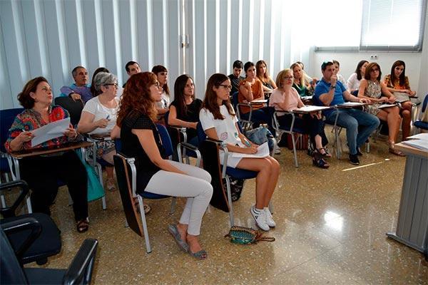 40 sesiones y 60 profesionales revalorizan las sesiones clinicas de atencion farmaceutica del cof ciudad real