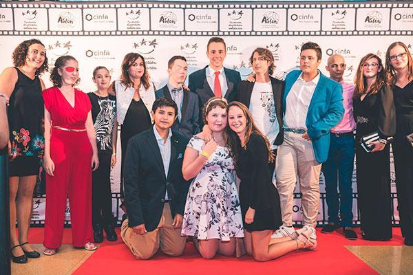 cinfa colabora con dale al rec un corto protagonizado por 12 adolescentes con cncer