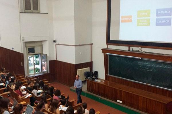 fedefarma colabora en seminarios sobre distribucion farmaceutica y gestion de oficina de farmacia