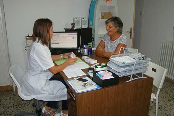 14 farmacias zaragozanas trabajan en la implantacion del servicio de seguimiento farmacoterapeutico