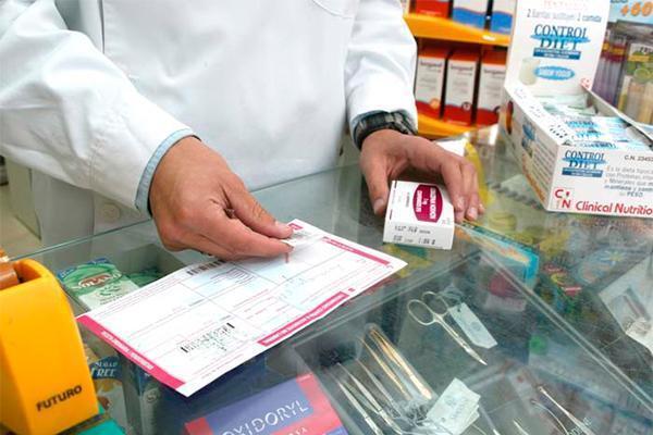 un 15 de onubenses desconoce de qu protegen o la posologa de las vacunas que retira en la farmacia