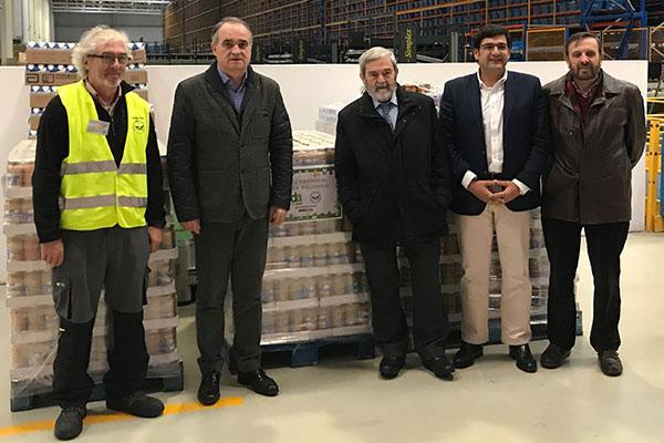 las farmacias de bidafarma y sus empleados donan mas de 3300 kg al banco de alimentos