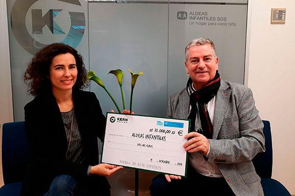 kern-pharma-dona-10000-euros-a-aldeas-infantiles-sos