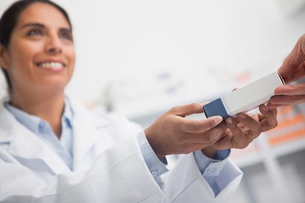 la venta en farmacias cae un 1317 respecto a 2011