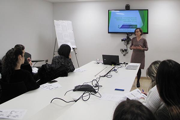 el cof alava imparte un taller sobre fitoterapia