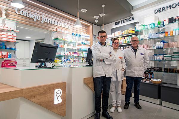 diseno personalizado de principio a fin para una farmacia con historia la nueva oficina ruiz de ribeira otro exito del servicio 360supsup