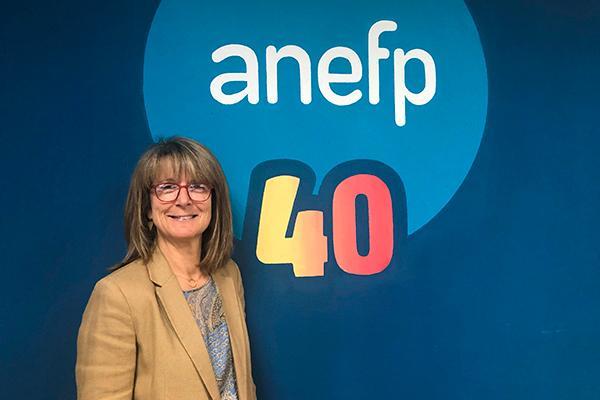 elena zabala reelegida presidenta de anefp
