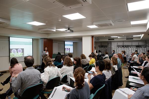 farmaceuticos de barcelona profundizan en el abordaje del paciente oncologico