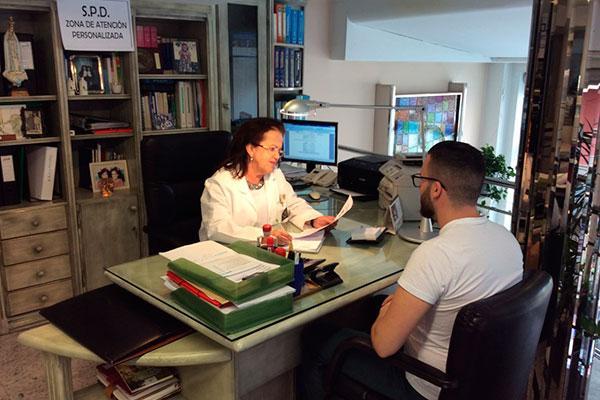los servicios sanitarios facilitan la inclusion de actividades como la atencion farmaceutica los spd y la educacion para la salud