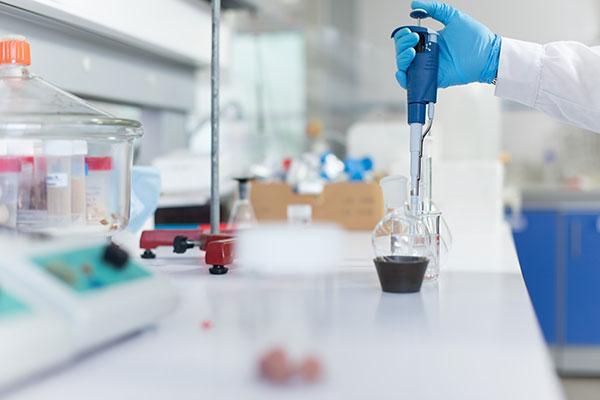 los medicamentos innovadores ponen en jaque a la hepatitis c