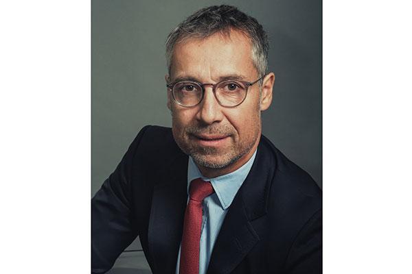 cedric ertle nuevo director general de laboratoires expanscience iberia
