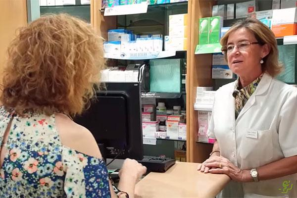 el farmaceutico como experto en el medicamento y su labor preventiva ejes del segundo capitulo de una farmacia que marca
