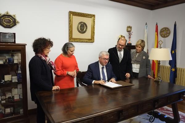 el grupo cofares y la universidad de santiago de compostela colaboraran en la formacion practica del alumnado de farmacia
