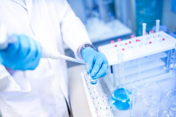 las nuevas tendencias y las experiencias internacionales en politica biofarmaceutica a debate