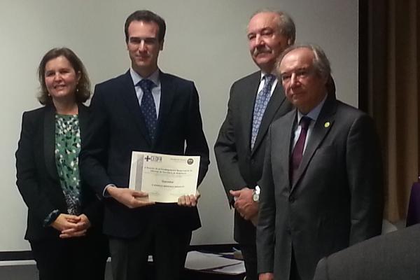 ceofa galardona el alumno ms destacado del master de especializacin profesional en farmacia
