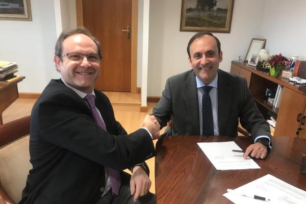 sefac y el grupo cofares fortalecen su alianza en beneficio de la farmacia comunitaria