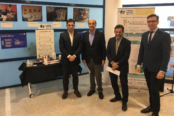 el cof de tarragona inicia el mes  solidario con la presentacion de dos exposiciones de farmaundi