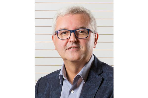 carlos varela nuevo vicepresidente de la patronal europea de la distribucion farmaceutica