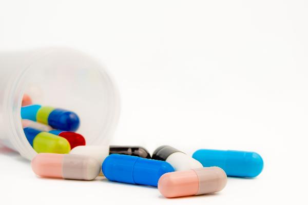 objetivo identificar mejor a los pacientes que no se adhieren a sus tratamientos