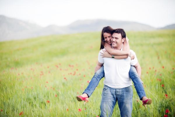 la pareja y los hijos condicionan el bienestar de las mujeres