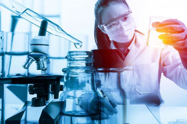 mas precisos mas eficaces y con menos efectos secundarios asi son los farmacos del futuro