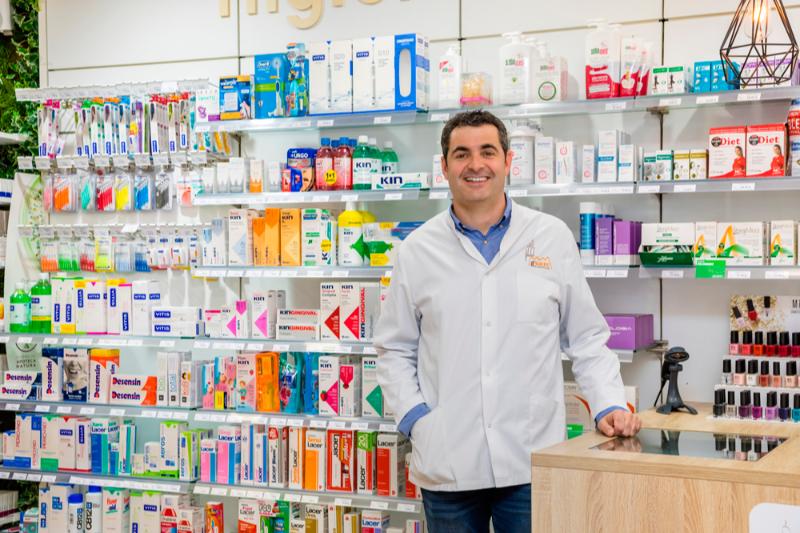 farmaoffice explicara como mejorar la fidelizacion la comunicacion y el whatsapp en la farmacia