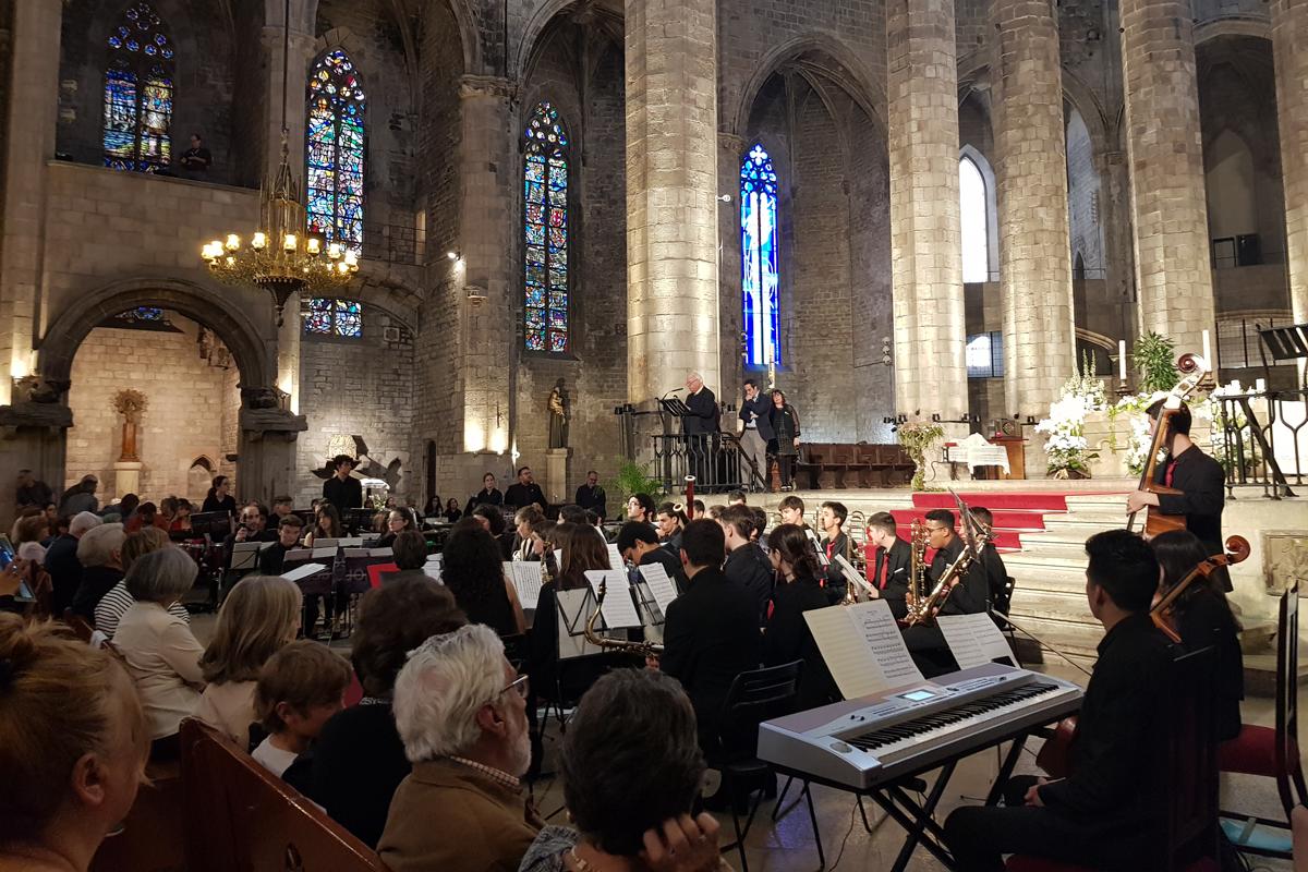 el concierto solidario y terapeutico contra el alzheimer reune mas de 700 personas
