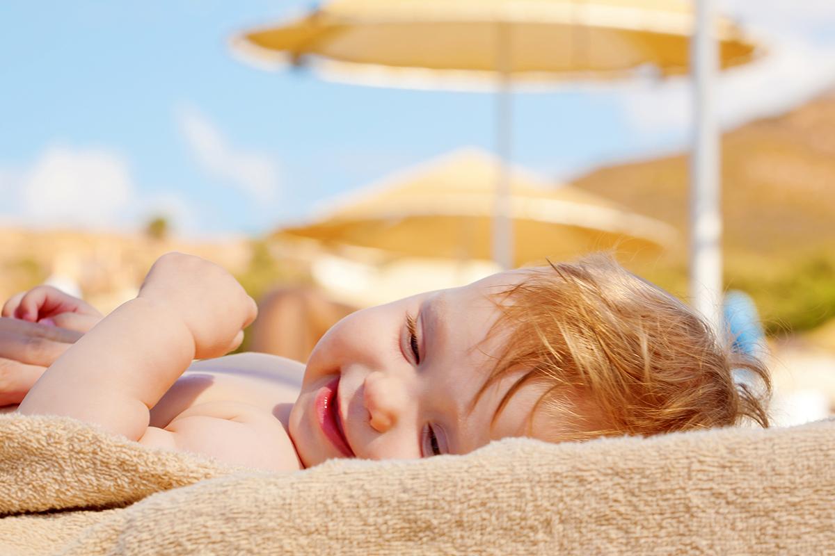 consejos para evitar y tratar la otitis en verano