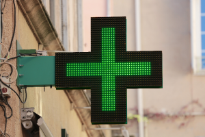 homenaje-a-los-16-farmaceuticos-y-5-tecnicos-fallecidos-por-coronavi