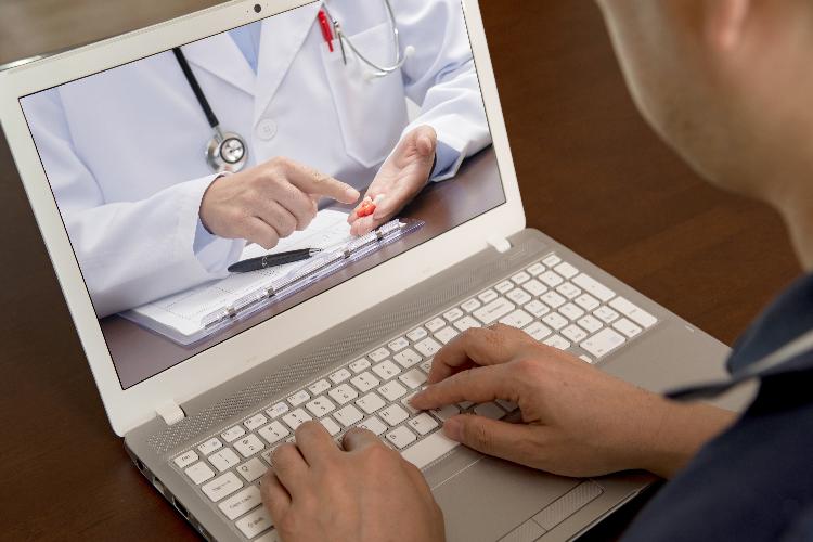 Se aceleran el `home-delivery´ de medicación y la telefarmacia a causa del coronavirus