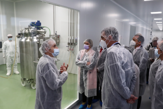 la-vacuna-covid19-de-hipra-empezaria-a-producirse-en-octubre-de-2021