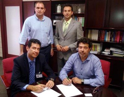acuerdo entre general de software de canarias y cofarte para extender los sistemas qmatic en tenerife
