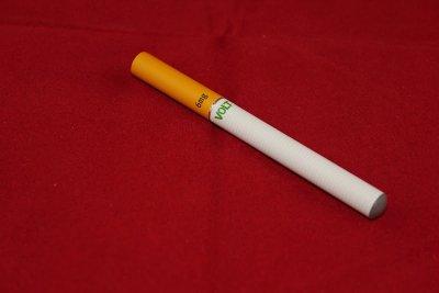 andalucia veta el uso de cigarrillos electronicos en centros de salud y colegios