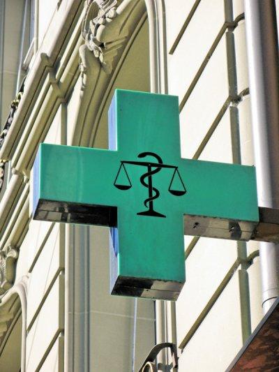 el pp andaluz pide un fondo de compensacian que ayude a la supervivencia de las farmacias rurales