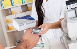 manuel llombart quiere negociar un nuevo plan de pagos con los farmacuticos de la comunidad valenciana