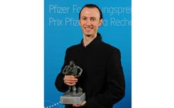 un cientifico espanol galardonado por la fundacion para la investigacion de pfizer suiza