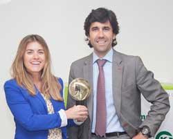 kern pharma gana el premio sol de oro por su campaa nos renovamos por ti