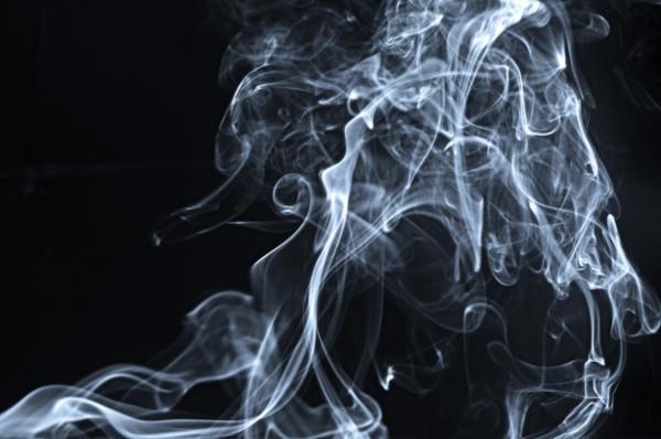 asocian el consumo de tabaco durante el embarazo al riesgo de esquizofrenia