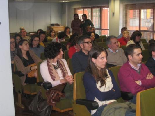 el cof de asturias implanta una cartera de servicios profesionales en las farmacias